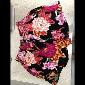 Fun floral print shorts